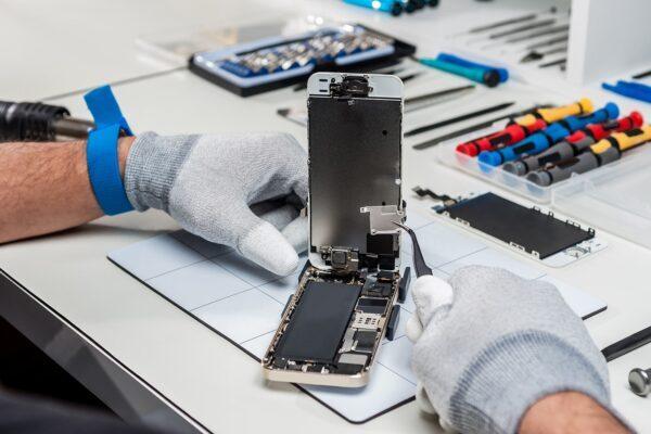 iPhone Backglass Repair